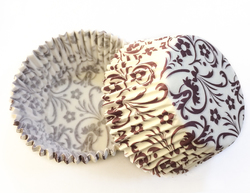 Форма для кексов Орнамент цветы коричневый 50х30 50шт.(красно-синии)