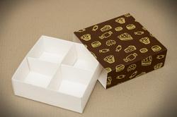 Универсальна коробка Сладости 160х160х55 мм для печенья, зефира, конфет, макаронсов и прочего, тип пенал с ложементом