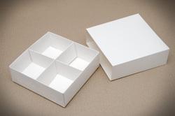 Універсальна коробка Біла 160х160х55 мм для печива, зефіру, цукерок, макаронс та іншого, тип пенал з ложементом