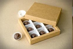 """Коробка для цукерок, макарунів, кейк-попсів з ложементом крафт145х145х29 мм, """"кришка-дно"""""""