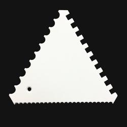 Скребок треугольный зубчатый №1 110х95 мм