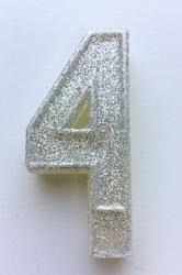 """Свічка цифра """"4"""" з блискітками срібло"""