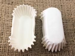 Форма овальная для эклеров, пирожных - белая 60х25x20 50шт.