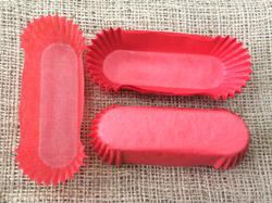 Форма овальная для эклеров, пирожных - красная 100х30x25 50шт.