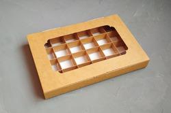 Коробка для конфет 270х185х30 на 24 шт крафт с окном