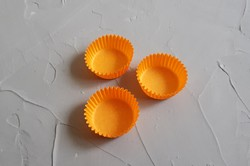 Форма для конфет оранжевая 30х16 50шт.