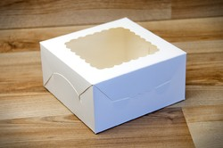 Коробка для печенья с окошком 140х140х70 мм мелованный картон