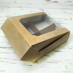 Коробка для десертов 200*200*60 мм с окном крафт