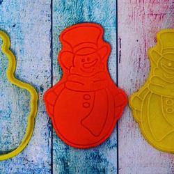 Вирубка для пряника зі штампом Сніговик №3