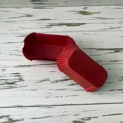 Форма прямокутна для еклерів, тістечок - червона 80х35x30 50шт.