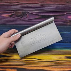 Шпатель металлический с линейкой 21 см