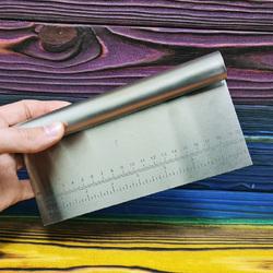 Шпатель металлический с линейкой 20 см