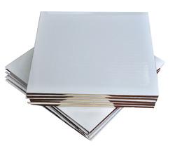 Піднос квадратний 35х35 см бел / зол