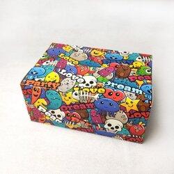 """Коробка-контейнер для тортів, чізкейків, тістечок """"Графіті"""" 180 * 120 * 80мм"""