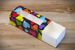 Коробка для макаронс Серця темний фон 141х59х49