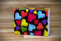Коробка для макаронс 115х155х50 Сердечки (на 12 шт темний фон)