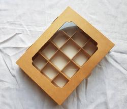 Коробка для конфет 200х155х30 на 12 штук крафт