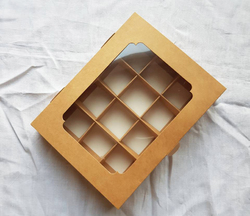 Коробка для цукерок 200х155х30 на 12 штук крафт