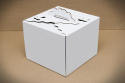 Коробка для торта 250х250х200 мм з метеликами