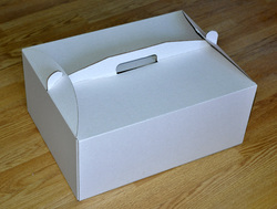 Коробка картонная для торта, размер 25х25х15 см