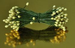 Тычинки для цветов двухсторонние на проволке Лимонные